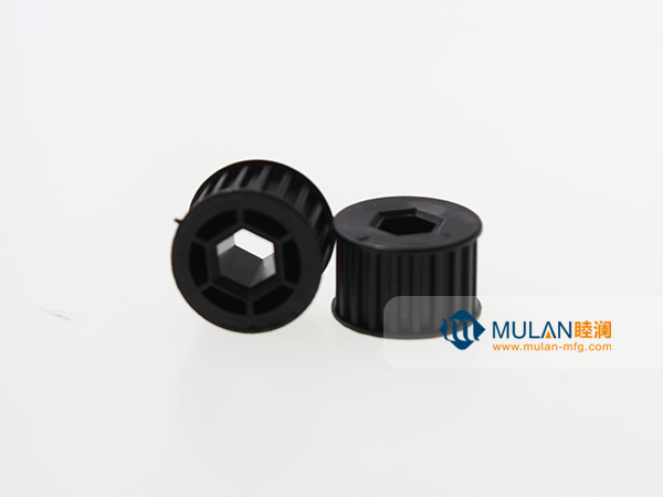 Precision injection molded gear